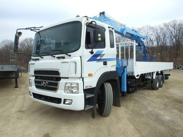 Аренда манипулятора 10 тонн Hyundai HD 320