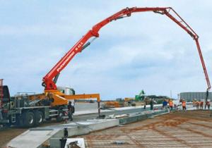 Использование специальных жидкостей для удаления цемента с поверхности бетононасоса